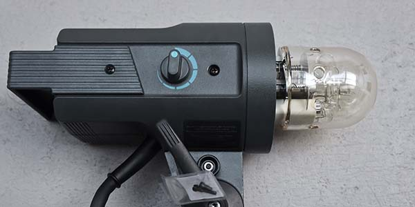 CANON 100mm Macro 2.8 ISO